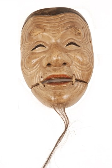 noh-mask-for-welcoming-in-new-year-2